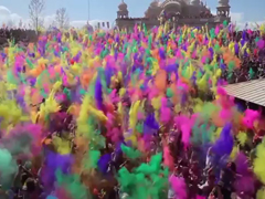 FESTIVAL-OF-COLORS-2013---Y