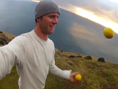 Juggling-Around-Iceland---Y