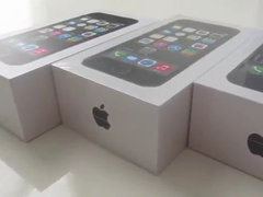 _-Shocking-iPhone-5s-Unboxi