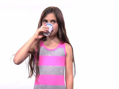 Kids-Taste-Coffee-For-The-F