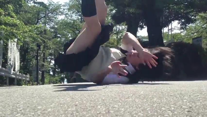 忍者女子高生 _ 制服で大回転 _ japanese school girl chase  #ninja.mp4_000148133
