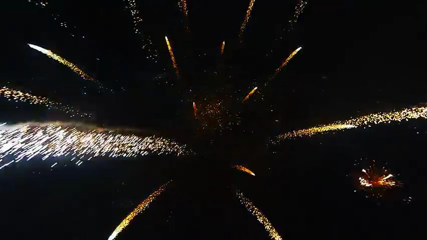 Fireworks filmed with a drone.mp4_000034768