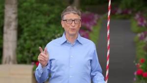 Bill Gates ALS Ice Bucket Challenge.mp4_000066900